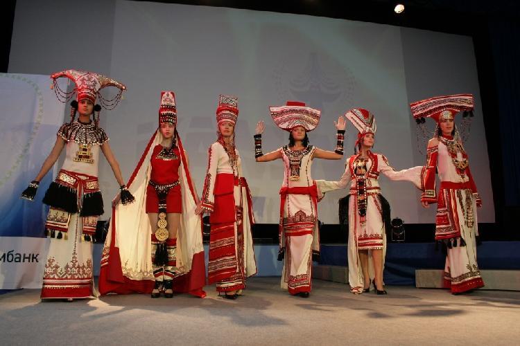 Картинки по запросу Всероссийский фестиваль «ЭтноМода» в Санкт-Петербурге